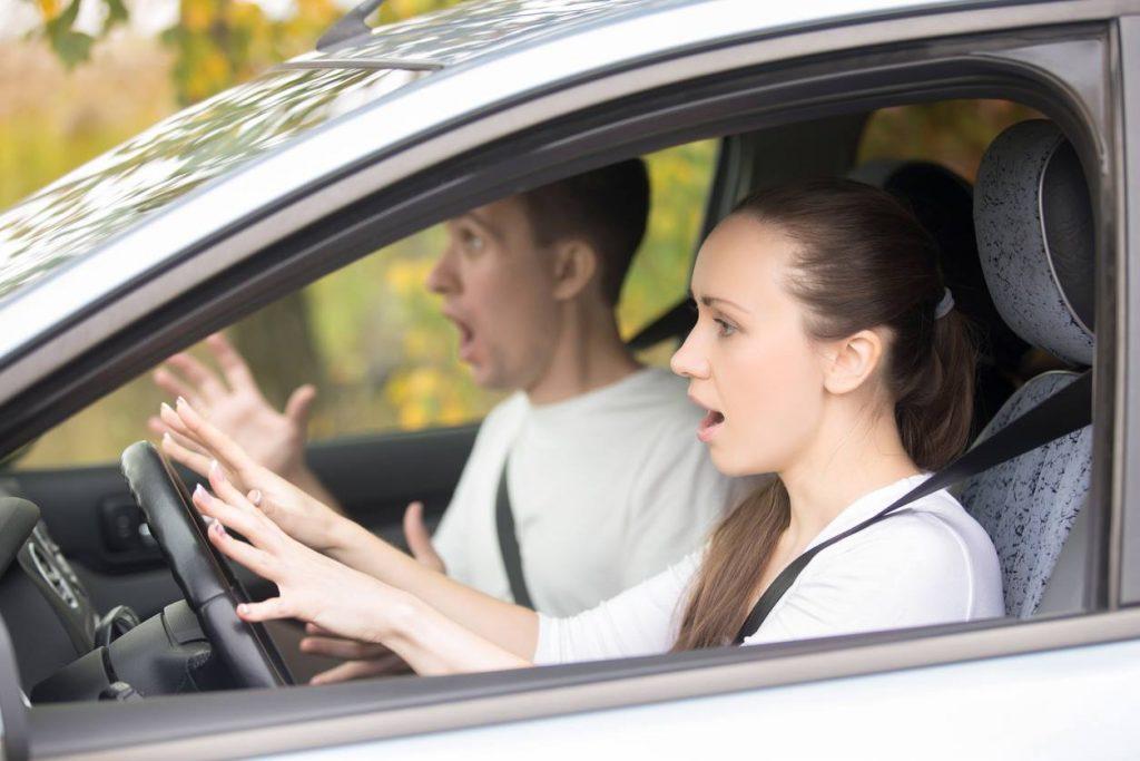 เทคนิคมือใหม่ หัดขับรถอย่างมั่นใจ ปลอดภัยทุกเส้นทาง